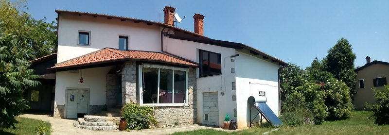Vendita casa indipendente kazlje sezana capodistria for Casa con 6 camere da letto in vendita vicino a me