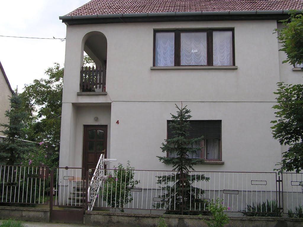 Vente maison ind pendante esztergom kom rom esztergom hongrie sport 4 h - Maison independante energetiquement ...