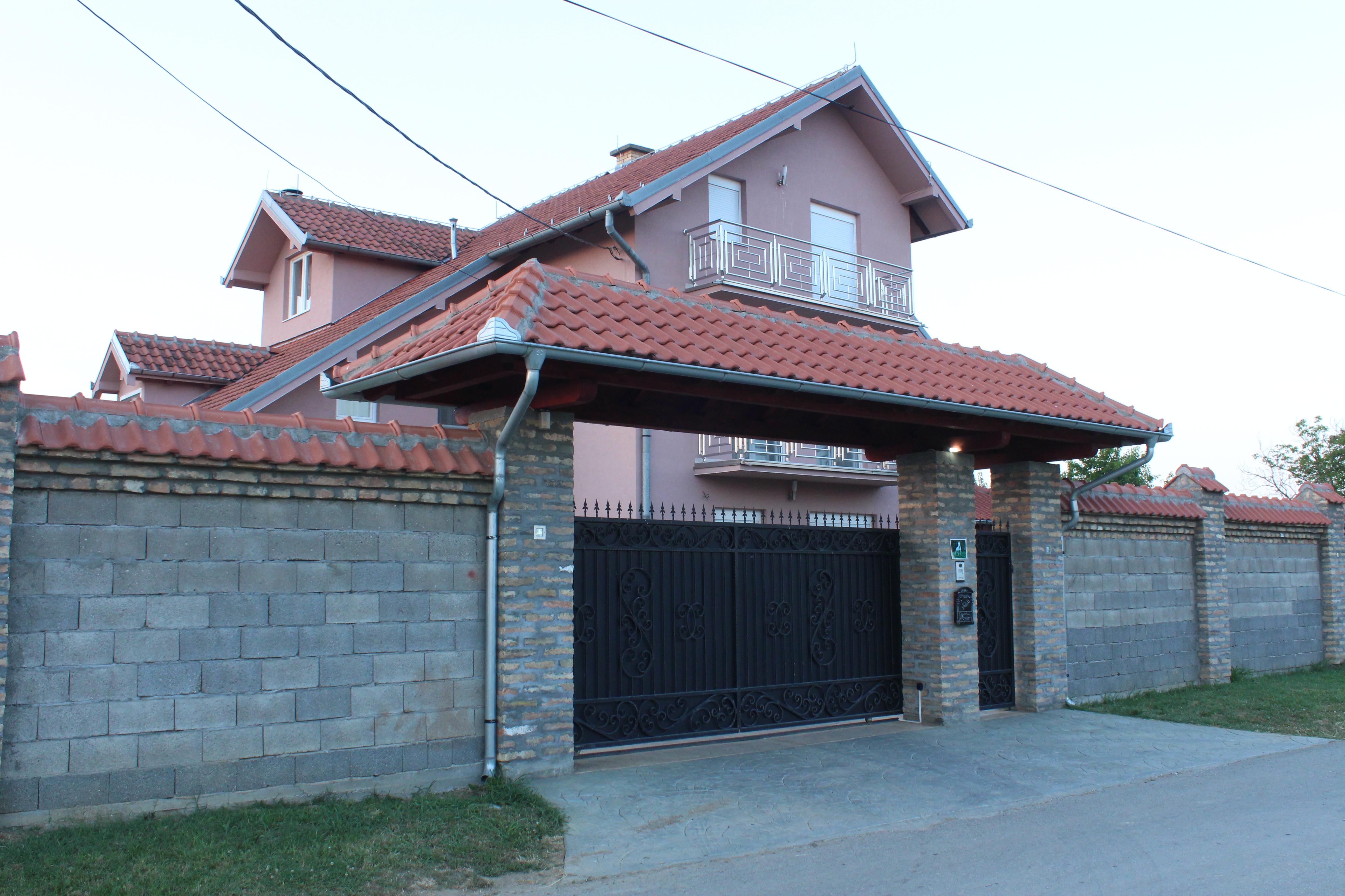 zu verkaufen villa belgrade belgrade serbien stevana radi i a 45. Black Bedroom Furniture Sets. Home Design Ideas