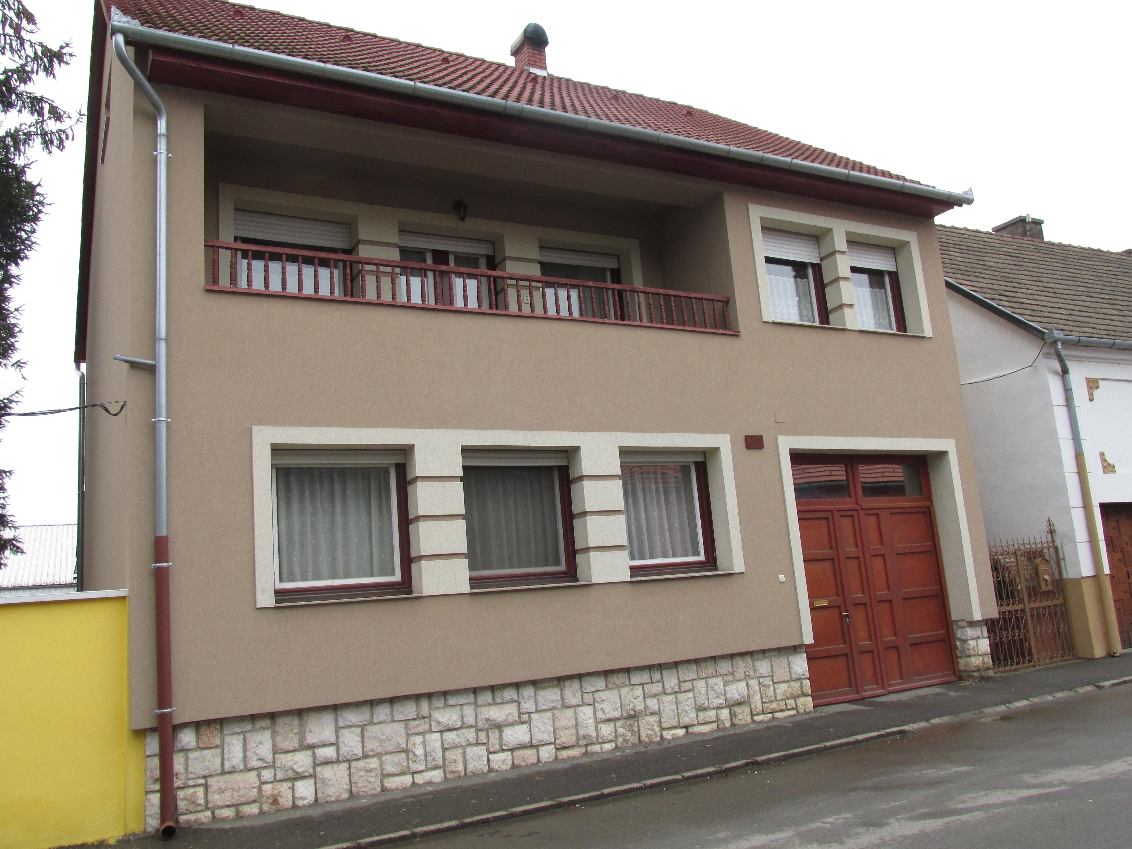Vente maison ind pendante szigetv r baranya hongrie v r u 16 7900 hong - Maison independante energetiquement ...