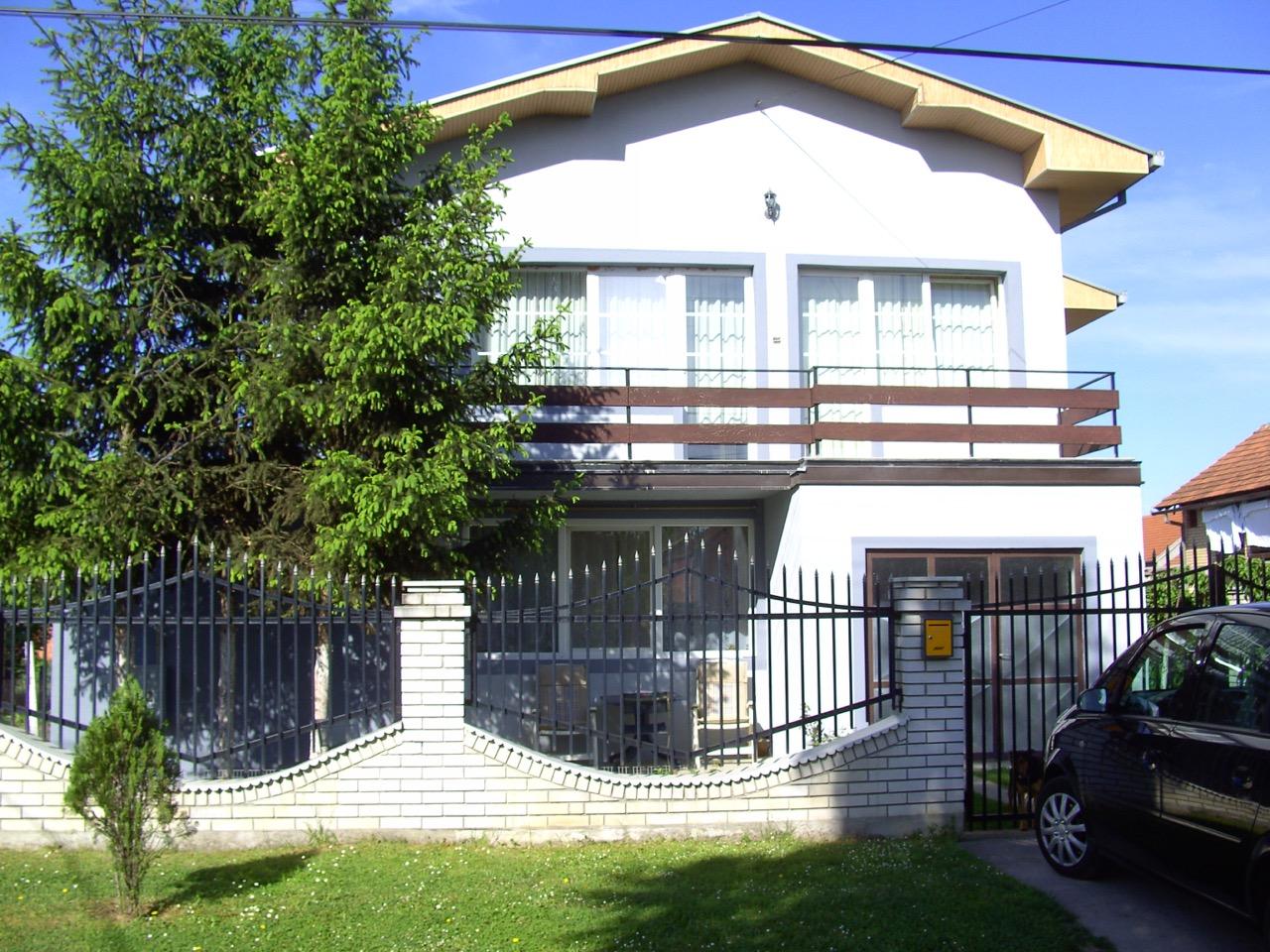 zu verkaufen haus block b sremska mitrovica serbien slobodana maletica 1. Black Bedroom Furniture Sets. Home Design Ideas