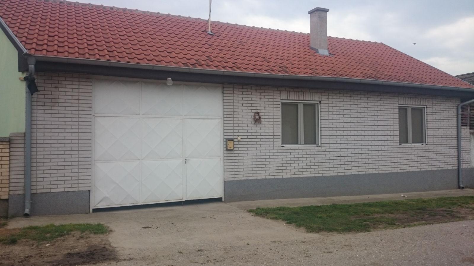 zu verkaufen haus dubovac smederevo serbien dubovac. Black Bedroom Furniture Sets. Home Design Ideas
