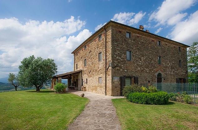 Vente maison de campagne citt di castello perugia for Acheter une maison en toscane italie