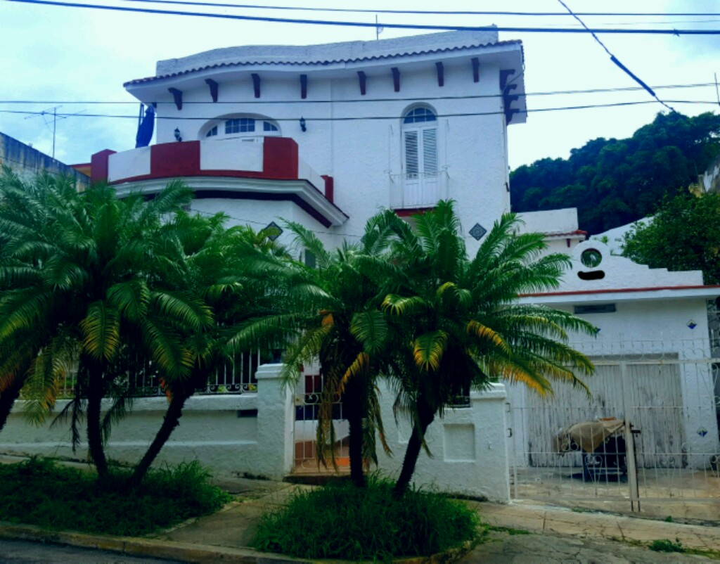 For sale House, Playa, La Habana, Cuba, calle 45 #2604 e/ 26 y 28 ...