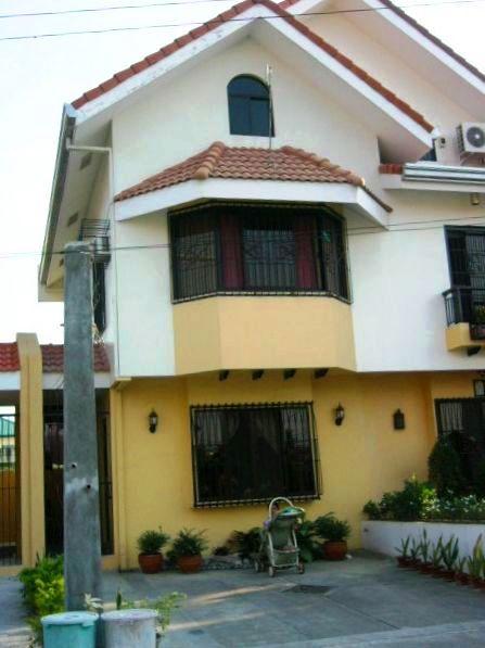 zu verkaufen haus las pinas manila philippinen bf resort village. Black Bedroom Furniture Sets. Home Design Ideas