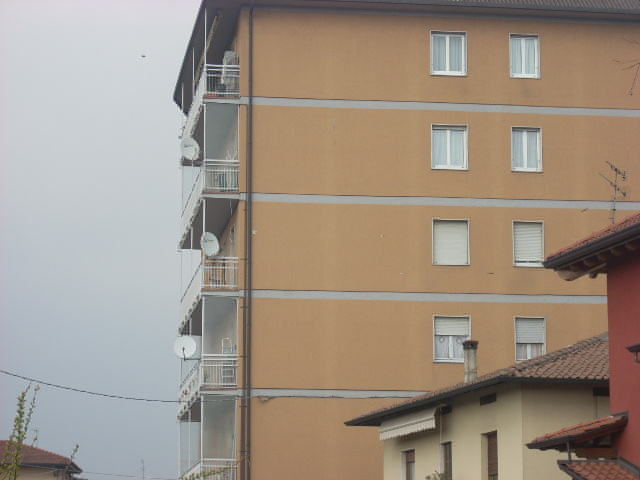 Venta 3 Habitaciones, Seriate, Bergamo, Italia, via c.battisti  italia.reali...