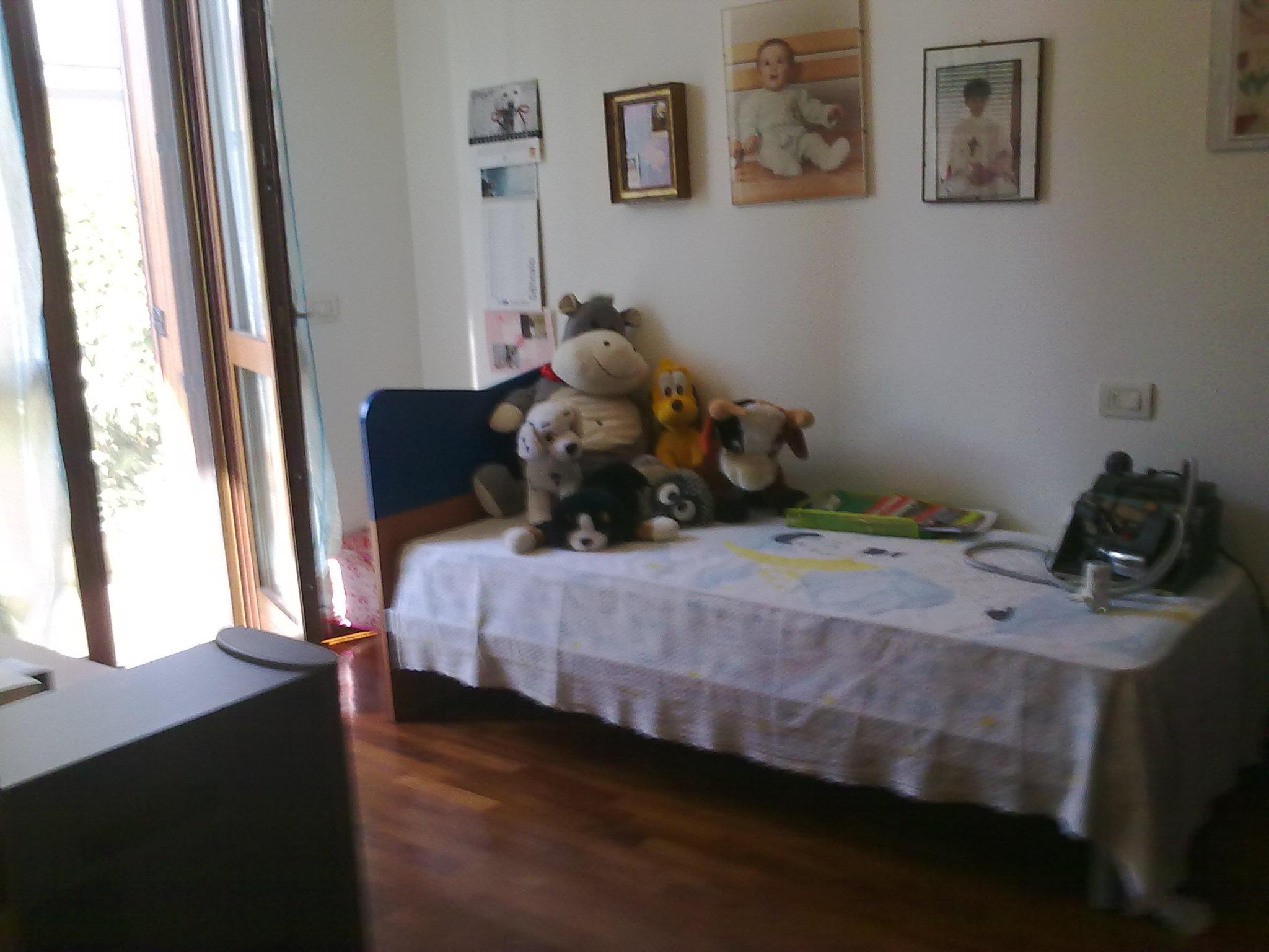 Venta 2 Habitaciones, Pagazzano, Bergamo, Italia, LARGO A. GHERSINI  italia....