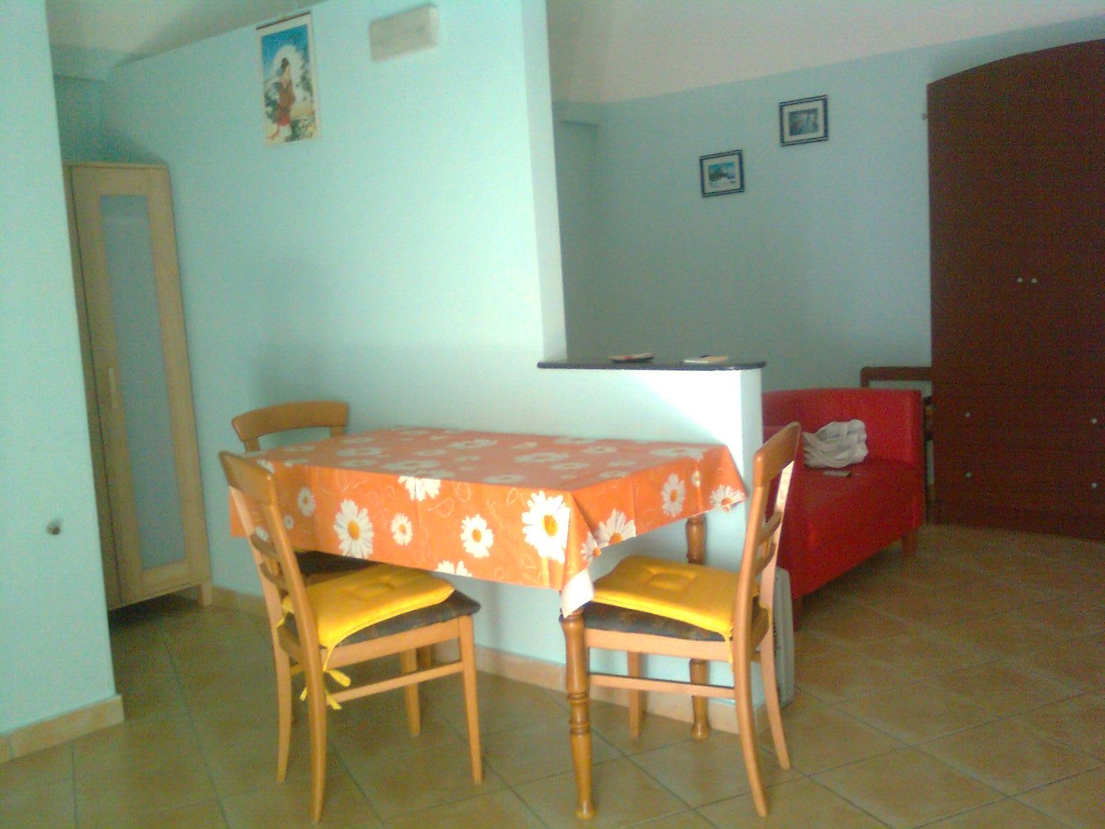 Affitto appartamento vacanza canosa di puglia barletta for Affitto trani arredato