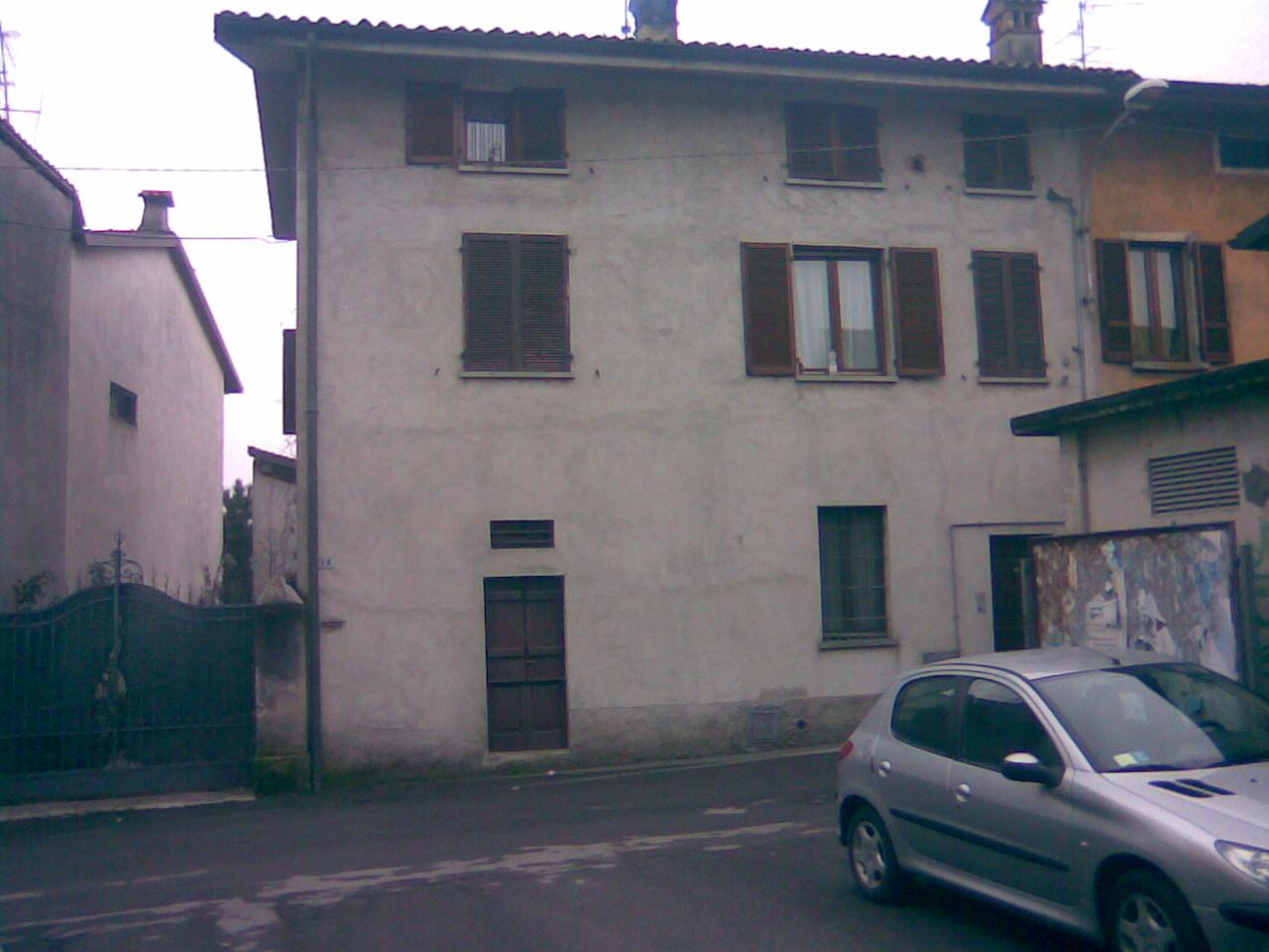 Affitto villa cividate al piano bergamo italia via for Affitto villa bergamo