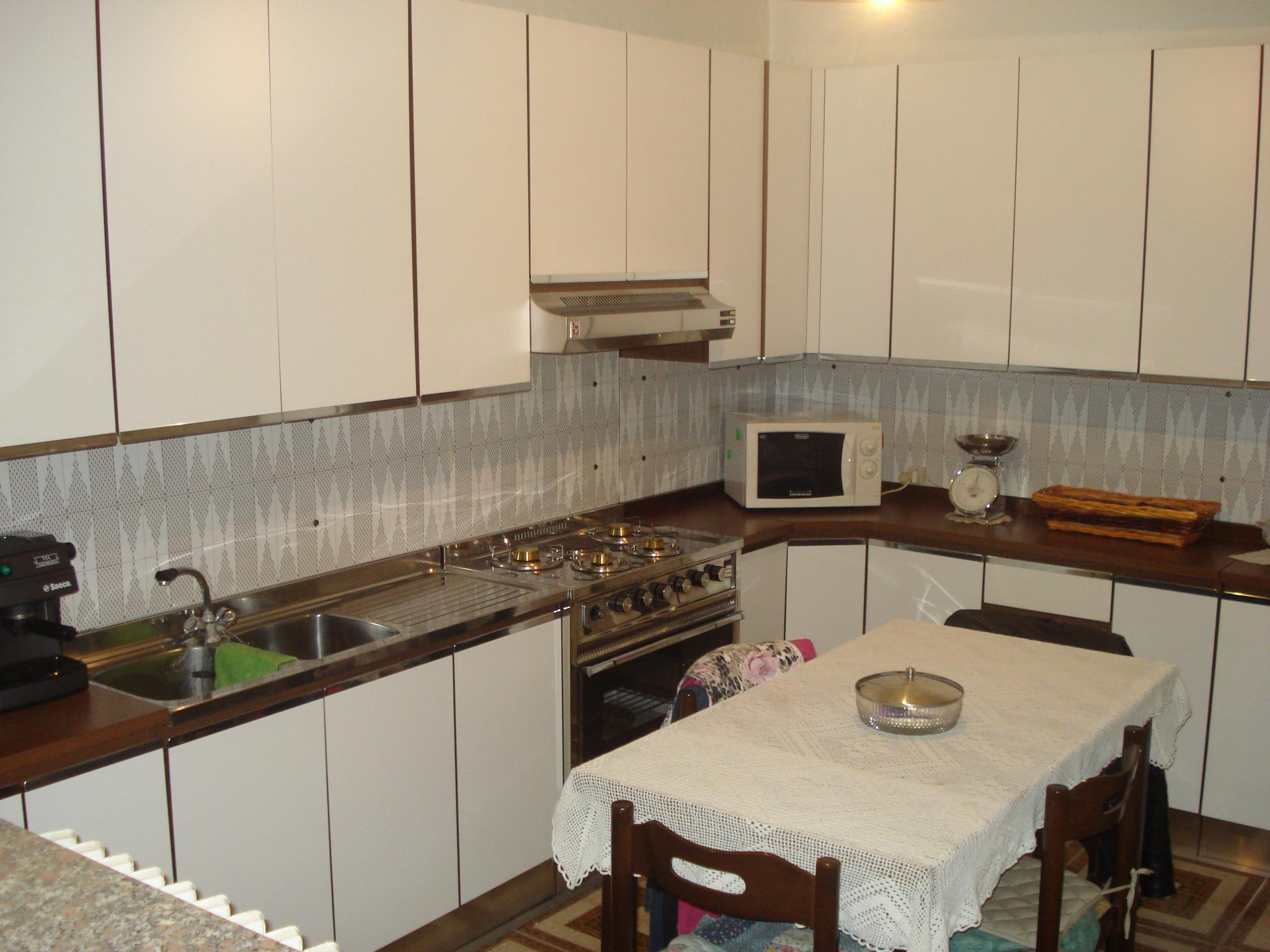 Venta 2 Habitaciones, Monza, Monza e Brianza, Italia, via bergamo  italia.re...