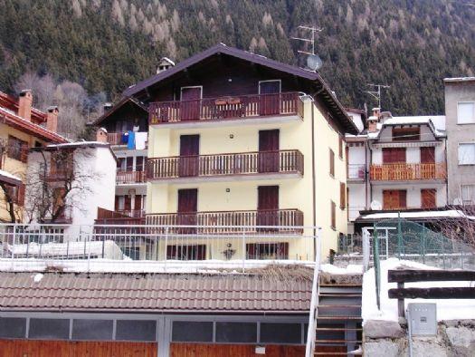 Venta 3 Habitaciones, Schilpario, Bergamo, Italia, Vicolo delle Piazze  ital...