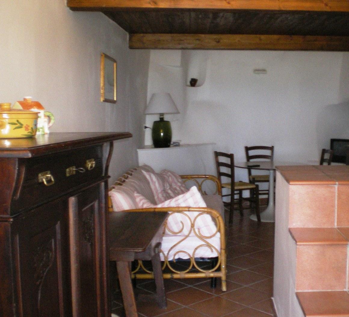 Vendita casa indipendente ostuni brindisi italia for Vendita case milano centro