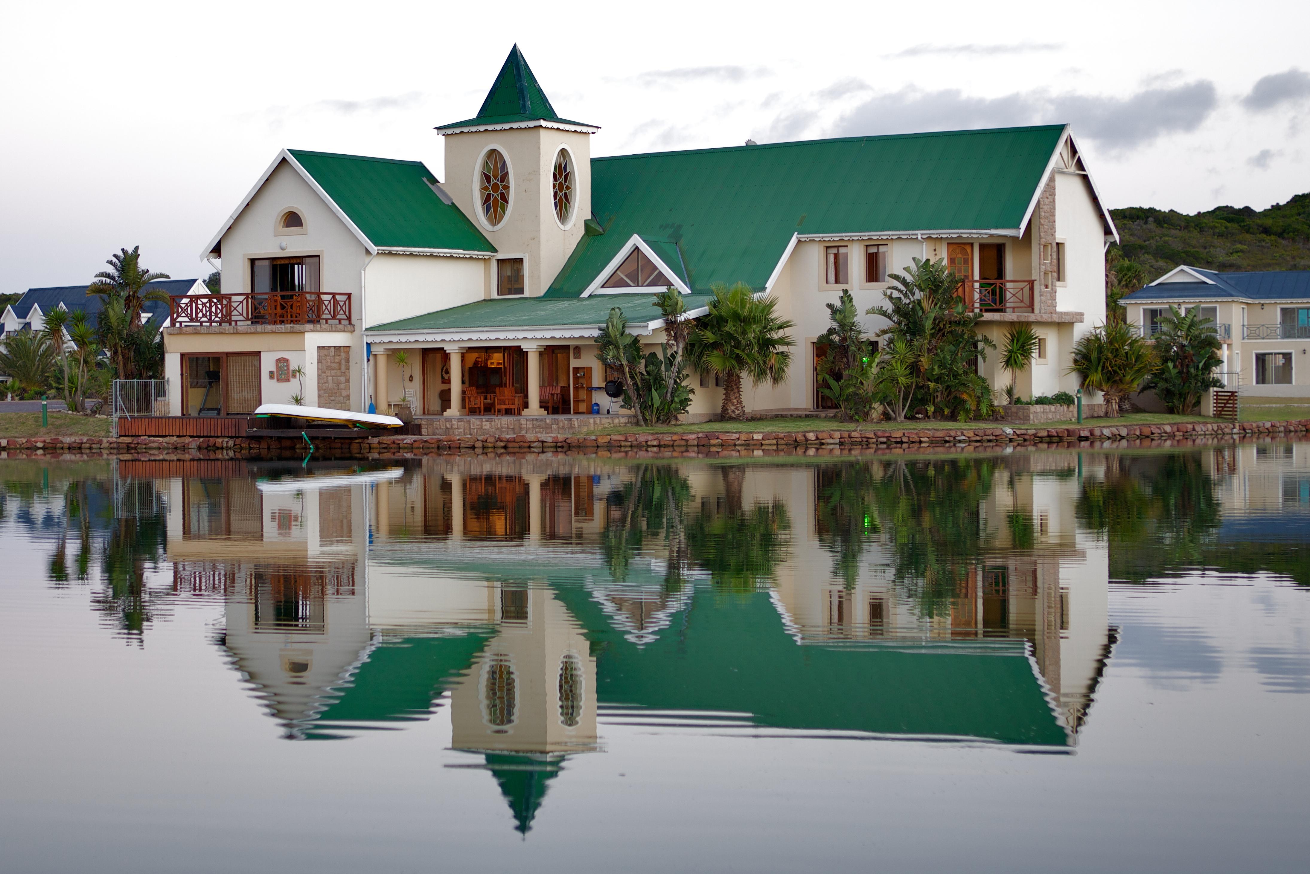 vente maison ind pendante jeffreys bay eastern cape afrique du sud jeffreys bay afrique du. Black Bedroom Furniture Sets. Home Design Ideas