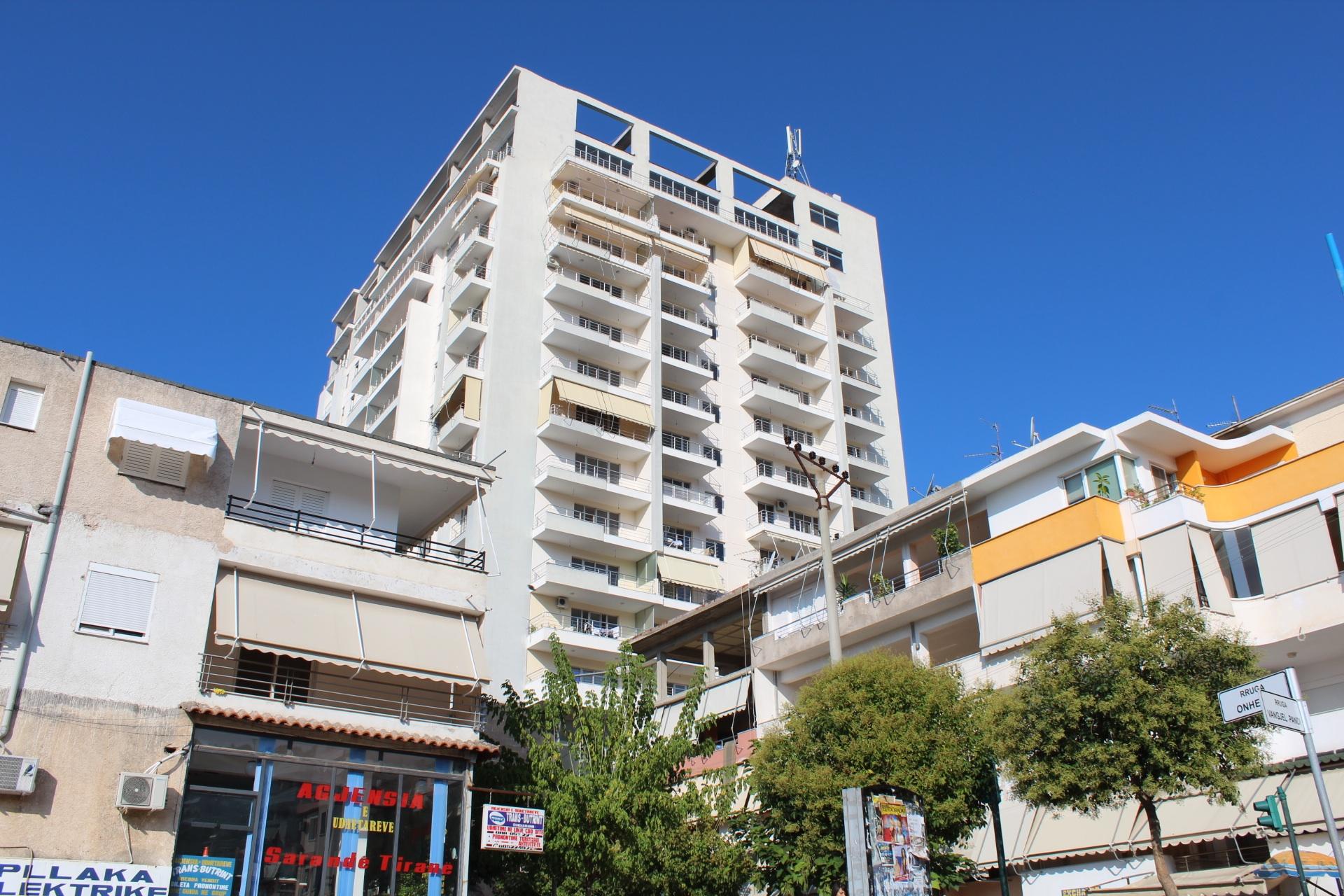 Vendita trilocale saranda saranda albania palazzo 18 for Palazzo a 4 piani