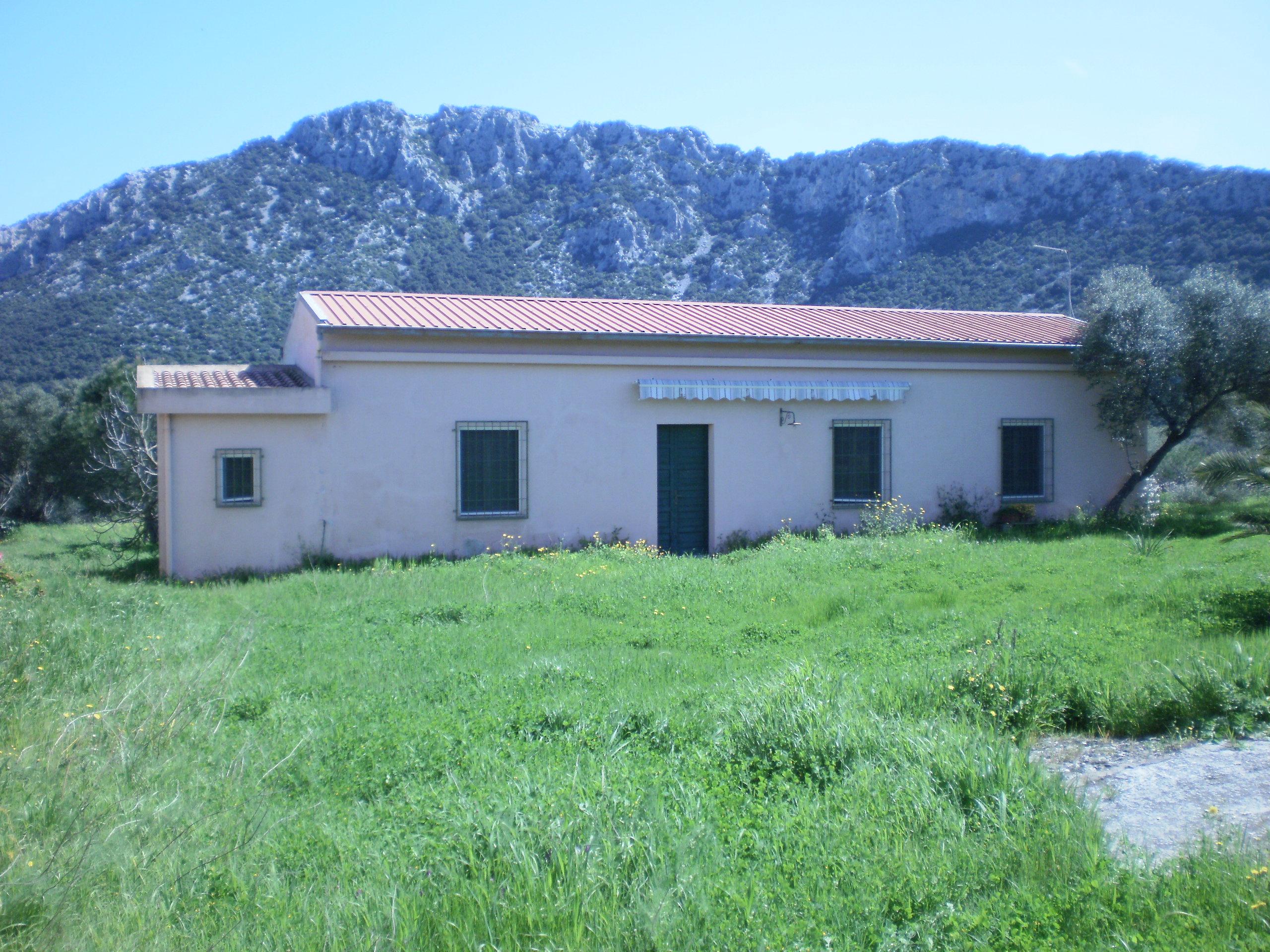 Vente terrain agricole dorgali nuoro italie loc for Agrandissement maison terrain agricole