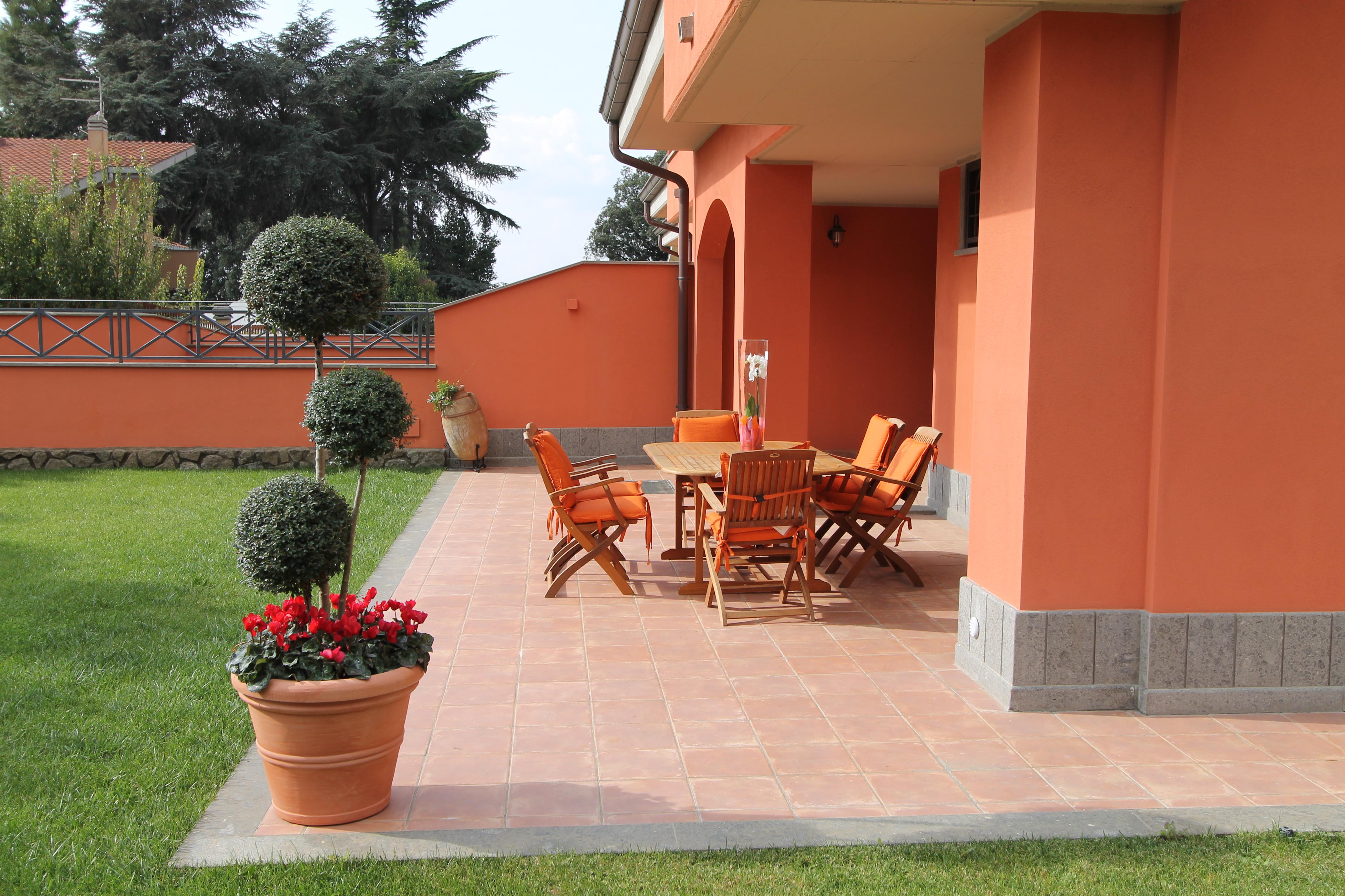 Venda casa de campo grottaferrata roma it lia via xxiv for Casa maggio
