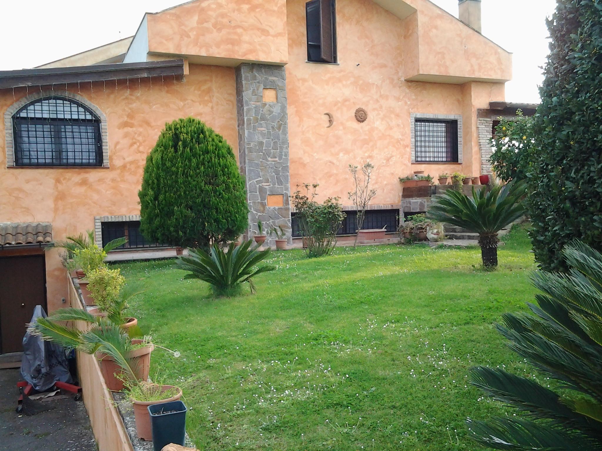 Vendita casa indipendente castelli romani roma italia for Casa roma vendita privati