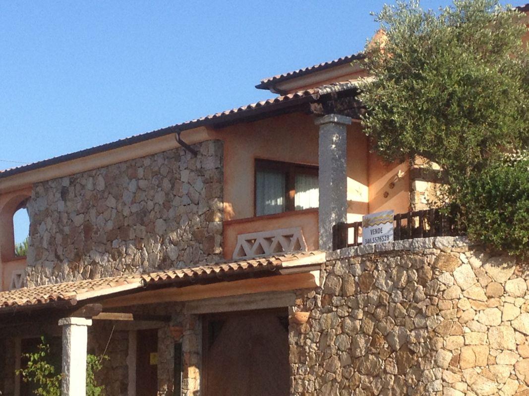 Vendita villetta a schiera san teodoro montepetrosu for San teodoro case vendita